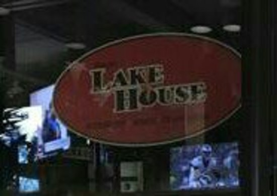 Lake Bluff, IL: Lake House