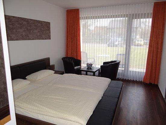 Butjadingen, Germania: Doppelzimmer mit neuer Austattung