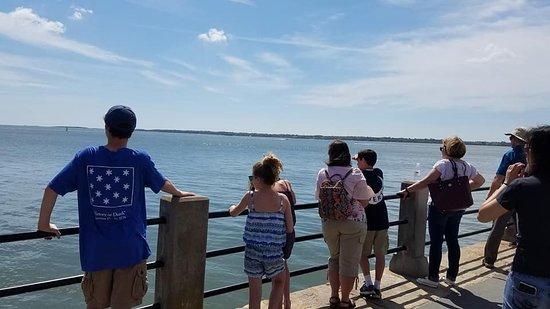 Charleston Footprints Walking Tours: Charleston Footprints Tour -- The Battery