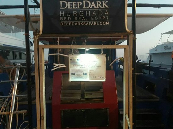 Port Ghalib, Egipt: Deep Dark Safari