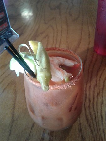 uncle T's Oyster Bar: My bloody mary