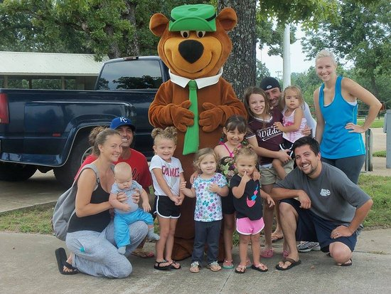 Forsyth, MO: Family fun