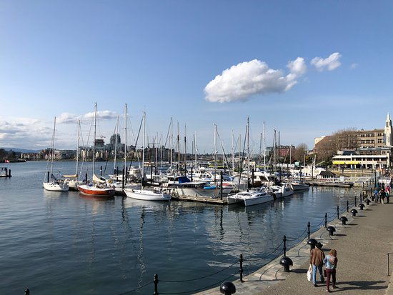 Inner Harbour: Victoria Waterfront