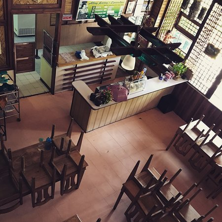 Cauayan City, Филиппины: Aling Luring's goto & serkele