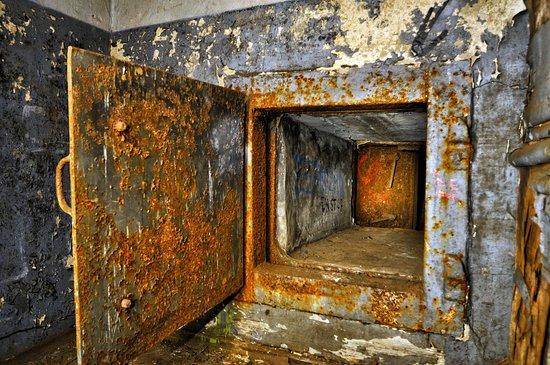 Bunker Admirala Tributsa