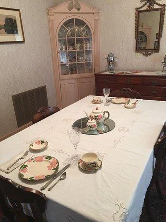 McCook, NE : Norris House Dining Room