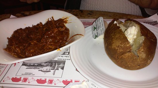 Sinking Spring, Pensilvania: Barbque and baked potato