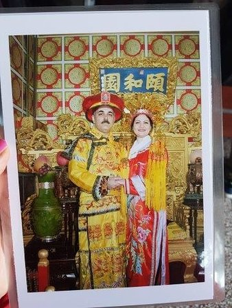 Picture with chinese traditional clothes