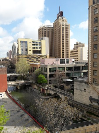 Cheap Hotel In San Antonio Tx On Riverwalk