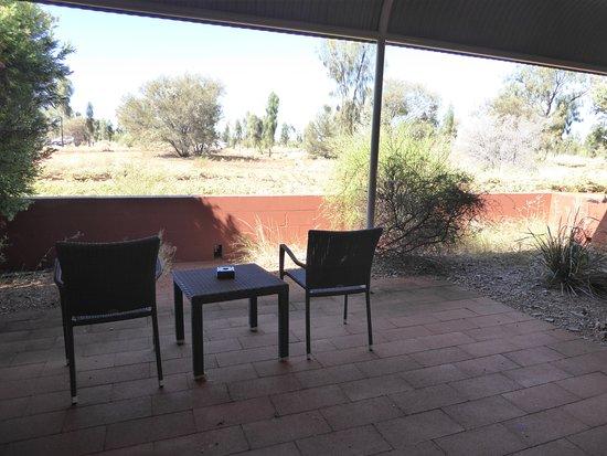 Desert Gardens Hotel, Ayers Rock Resort: Ground floor outside area