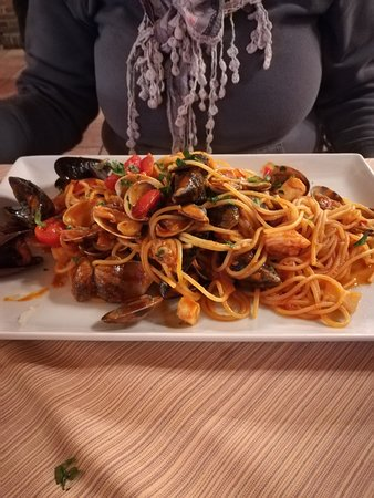 AL VECIO PORTEGO: spaghetti allo scoglio