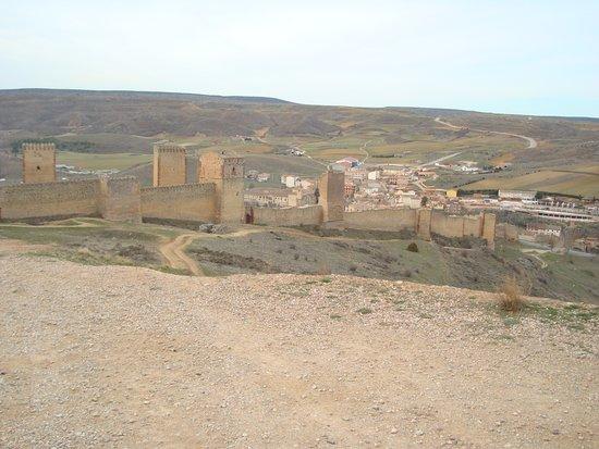 Castillo de Molina de Aragon: Castillo de Molina de Aragón en Guadalajara