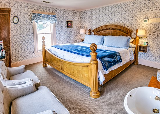 Abigail's Bed and Breakfast Inn - Rockefeller Room en-suite with King Bed