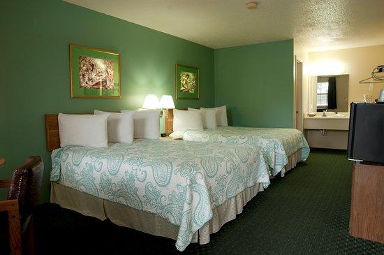 Pool - Picture of The Lodge, Eureka Springs - Tripadvisor