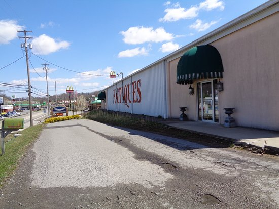 Sutton, WV: Large store is home to great variety of antiques.