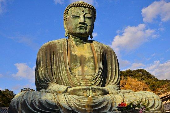 TripleLights: Great Buddha (Daibutsu) in Kamakura (day-trip from Tokyo)