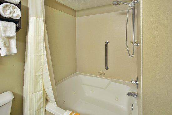 Elkview, WV: Guest room