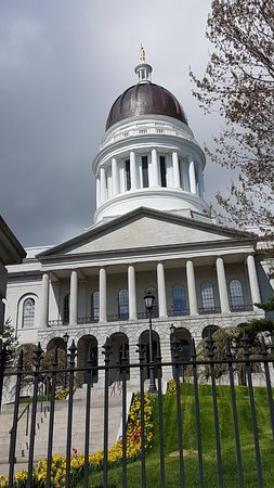 State Capitol: Augusta