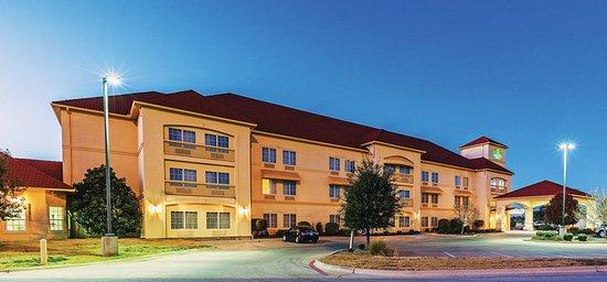 Eastland, TX: Exterior