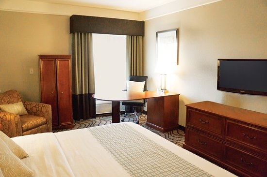 Pet Friendly Hotel Rooms In Lubbock Texas