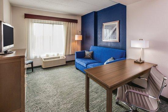la quinta inn suites philadelphia airport 119 1 2 9. Black Bedroom Furniture Sets. Home Design Ideas