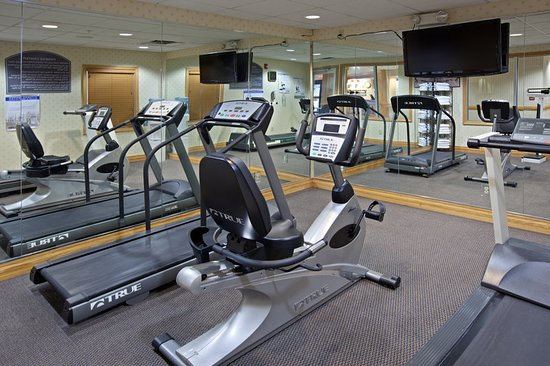 Holiday Inn Express and Suites Scottsburg: Health club