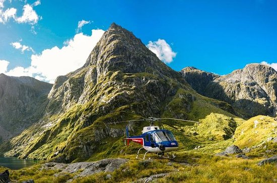 Milford Sound Helicopter Tour from...