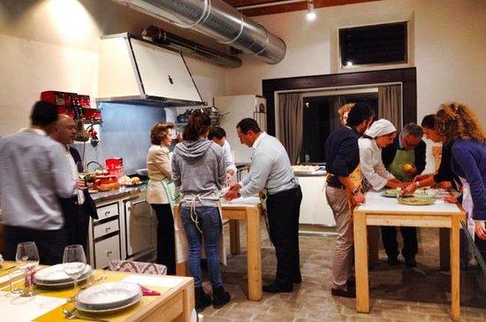 Pizza Making and Chianti Wine Tour