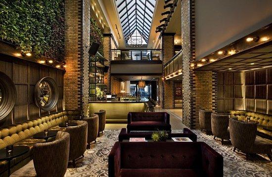 Thompson Chicago, a Thompson Hotel : Bar/Lounge