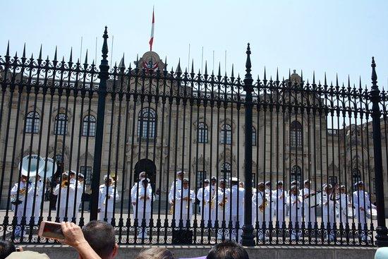 Presidential Palace (Palacio de Gobierno): Navy Band