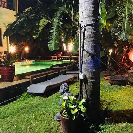 Arrondissement of Saint-Pierre, Reunion: Jardin et chambre magnifiquement entretenu avec goût et raffinement