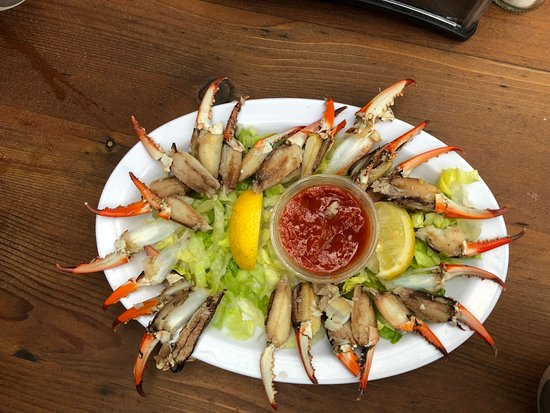 Shrimp & Stuff Restaurant: 20 Blue Crab Claws