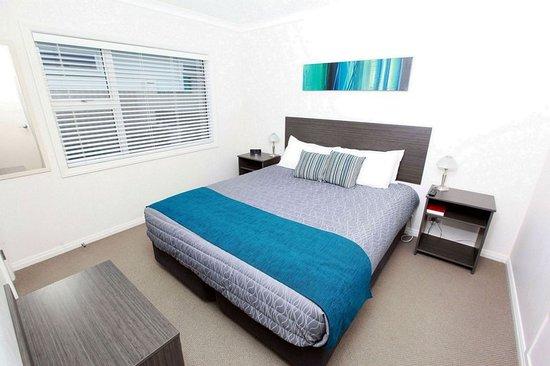 Fitzroy Beach Motel: Guest room