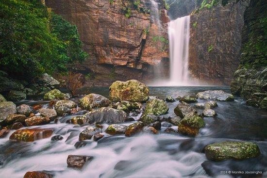 Central Province, Sri Lanka: Dumbara Falls