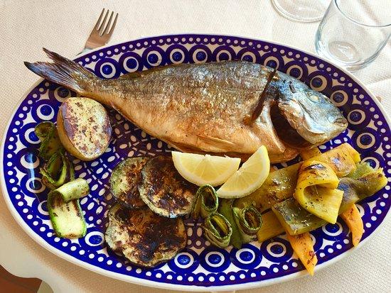 Bocca di Magra, Italy: Pesce ubriaco e verdure