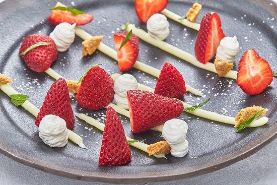 Zahora, Spanje: fresas, nata y chocolate blanco