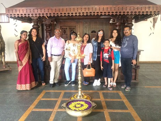 Kunjithanny, Индия: Happy guest Mr Sanjay and family.