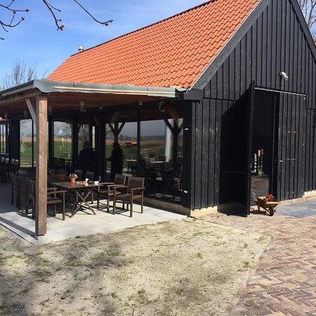 Friesland Province, The Netherlands: Leuke horeca gelegenheid. Past prima in dit historisch dorpje
