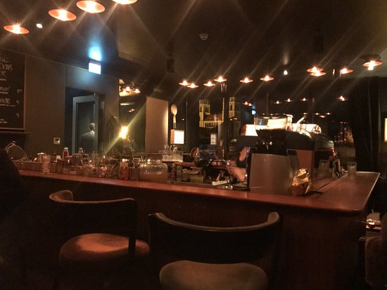 The Flushing Meadows Bar: Rooftopbar inside