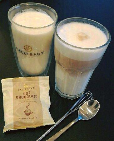 Witte Chocolademelk en de White Chocolate Latte Machiato