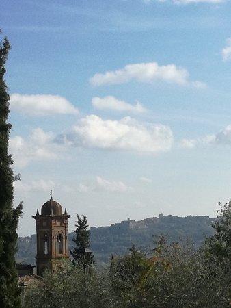 Montefollonico Centro Storico: chiesa del triano