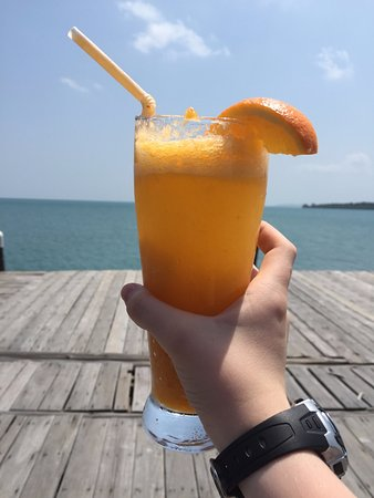 Telunas Beach Resort: Welcome drink