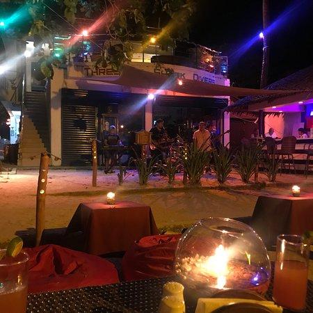 Oscar's Bar and Restaurant Malapascua: photo0.jpg