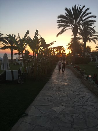 Constantinou Bros Asimina Suites Hotel: Beautiful sunsets
