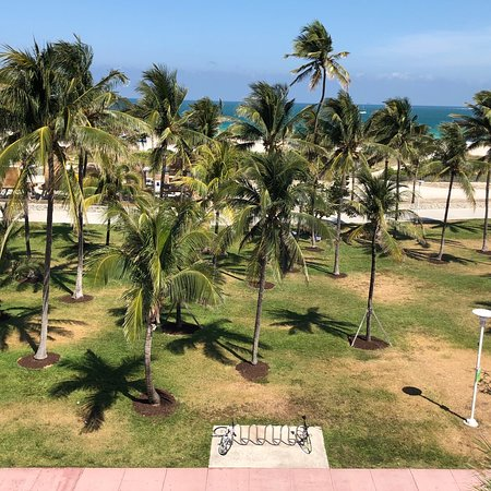 Crescent Resort On South Beach: photo1.jpg