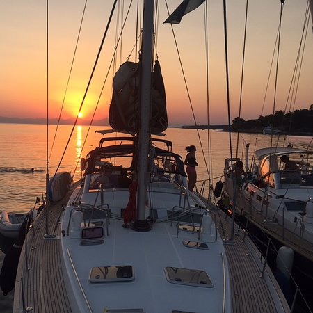 Vouliagmeni, Yunanistan: Tailor made sailing holiday in the Aegean Sea