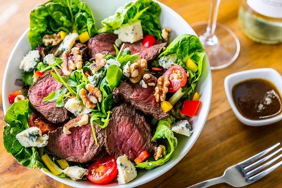 Kendal, UK: Steak & Stilton Salad