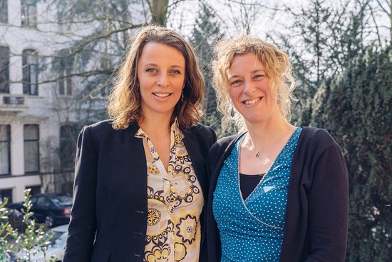 Hi! We are Hanneke (l) and Eva (r), born & raised Amsterdammers and happy to guide you!