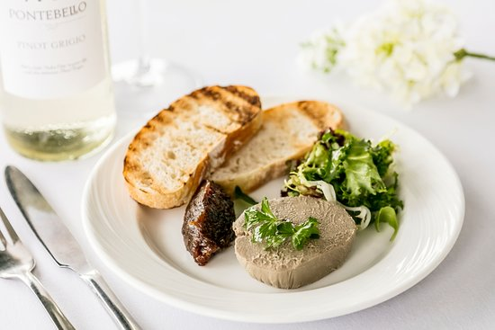 Kendal, UK: Homemade chicken liver pate