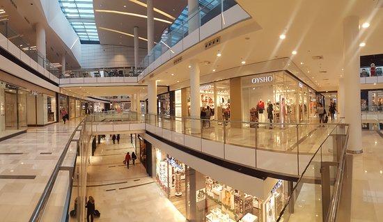 Centro Comercial Plenilunio